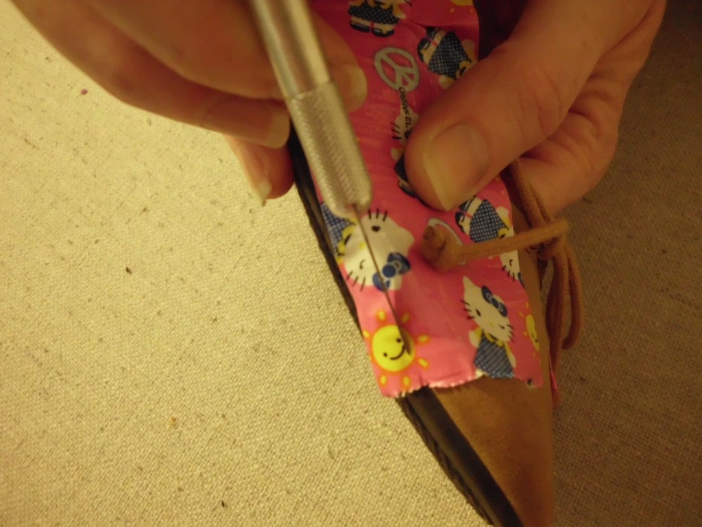 How to Give Shoes a Makeover with Duct Tape SANY0596