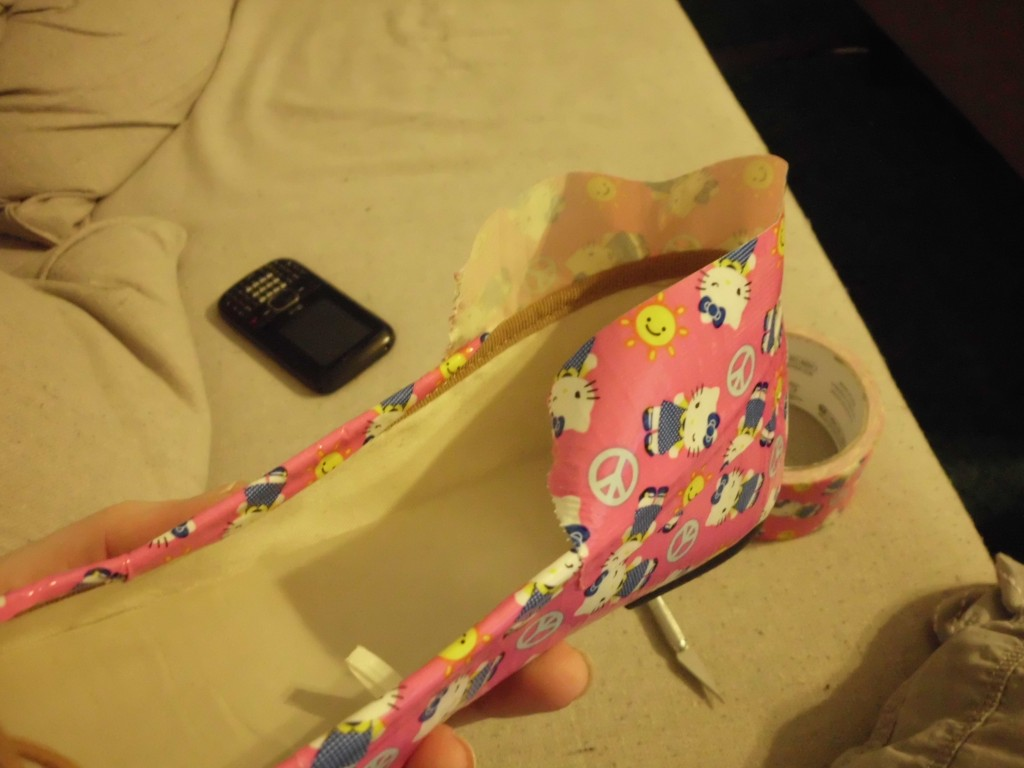 How to Give Shoes a Makeover with Duct Tape SANY0607
