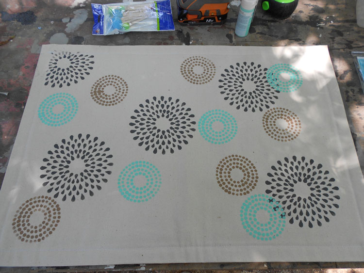 How to Make a Canvas Floor Cloth DSCN0234
