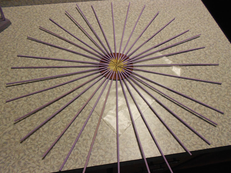 How to Make a Mirrored Sunburst Wall Art Piece DSCN0361
